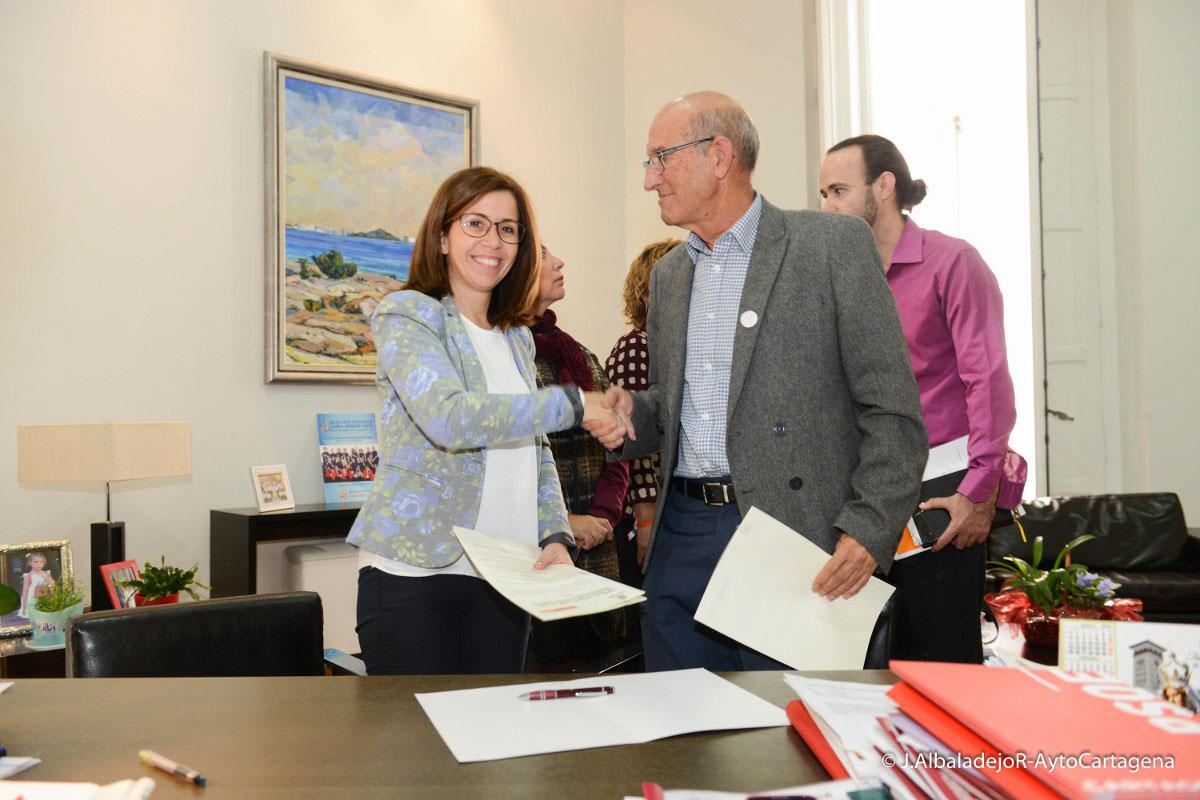 Ayuntamiento Y Fundación SOI Suscriben Un Convenio Para Completar La Financiación De Una Red De Hoteles Accesibles